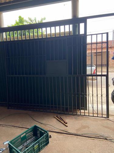 fabricamos portões ou grades com ferros reciclaveis