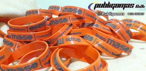 fabricamos, pulseras de silicon, llaveros, etiquetas pvc
