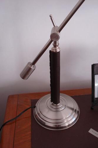 fabrico iluminación | v-2501 velador móvil