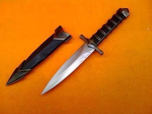 faca adaga punhal tatica, excelente decoração, toda em metal