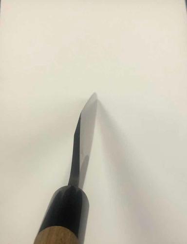 faca japonesa profissional para culinária refinada.
