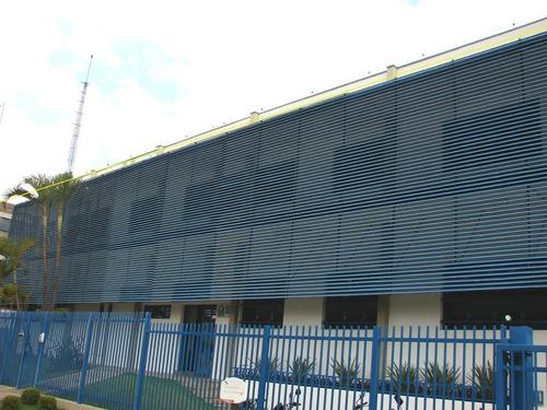 fachada canaletada em aluminio