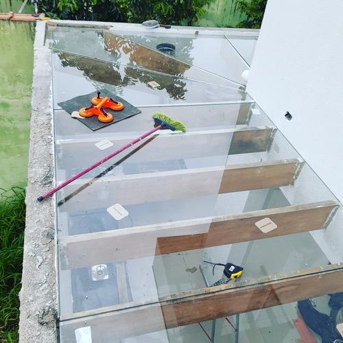fachada  pele de vidros