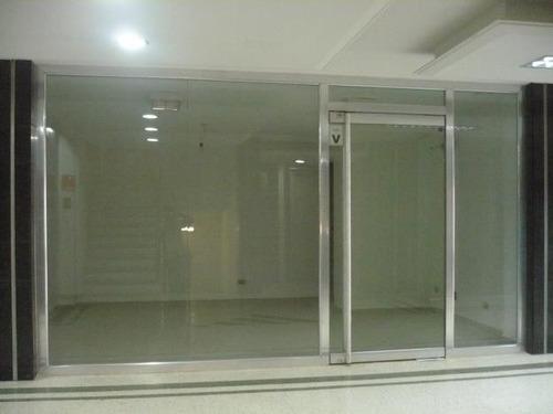 fachadas en vidriosy alimunio, puertas de baño y panoramicas