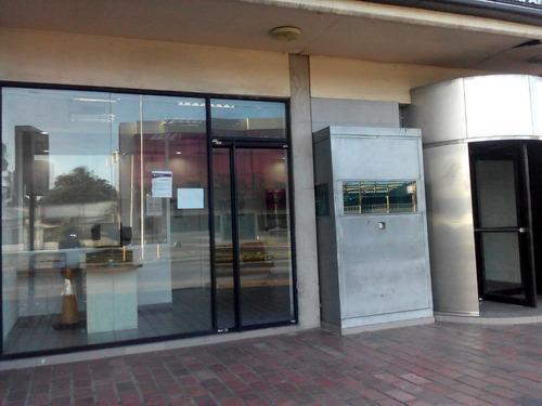 fachadas estructuras de aluminio y vidrio puertas templada