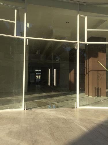 fachadas frentes comerciales puertas cristal templado acero