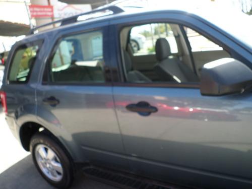 factura original ford, 4 cilindros, automatica, equipada cd