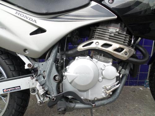 falcon 400 perfeita !! 2 pneus novos confiraa !!!