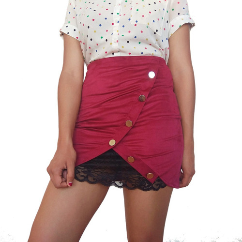 falda asimétrica con encaje de mariposa botones plateados