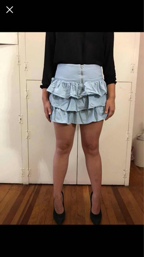 falda azul corta
