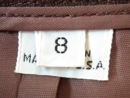 falda café tabaco con tableado atrás talla 8  fch409
