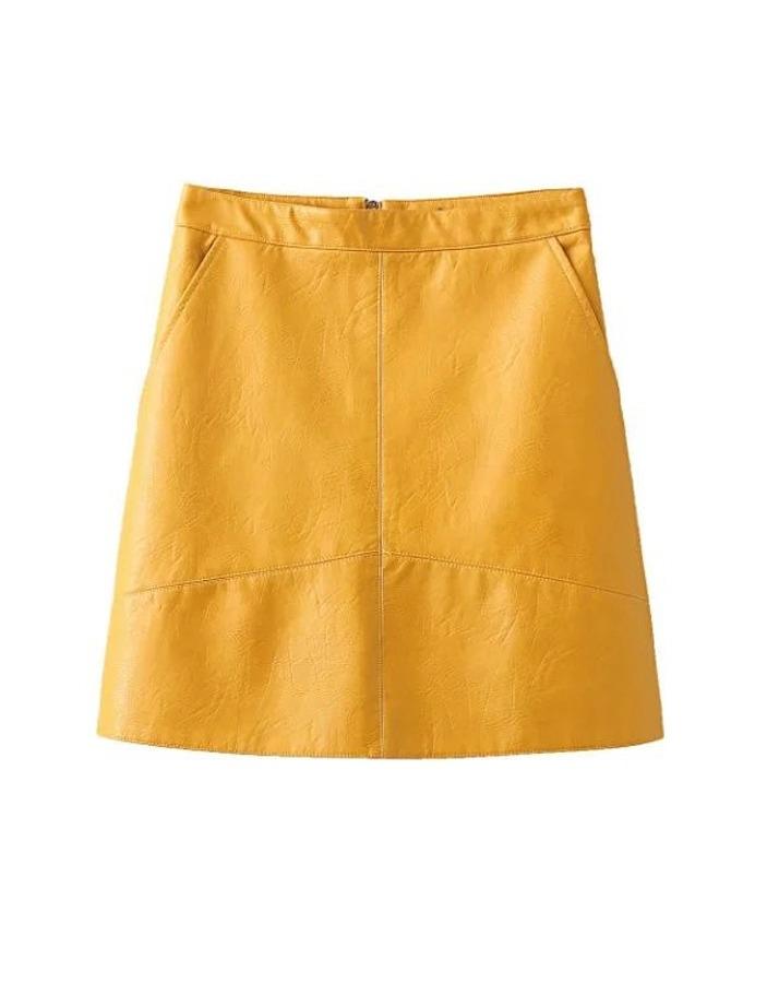 8ecc0611b falda corta mujer efecto piel amarilla bolsas laterales. Cargando zoom.