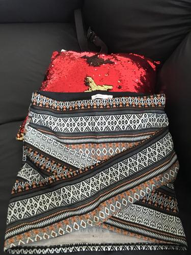 falda cruzada asimétrica