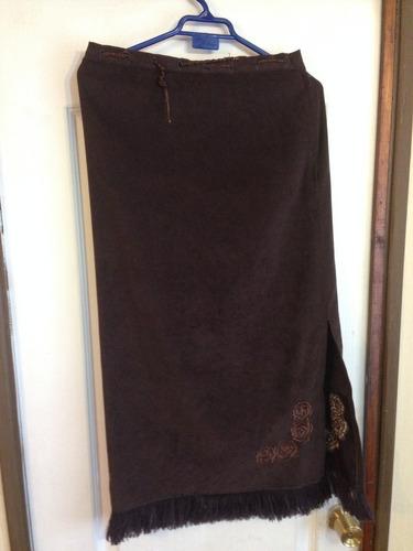 falda de color cafe talla 42