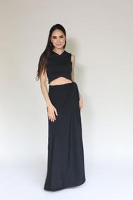 861e535da Falda De Mujer Larga En Color Negro Con Godets Nvi