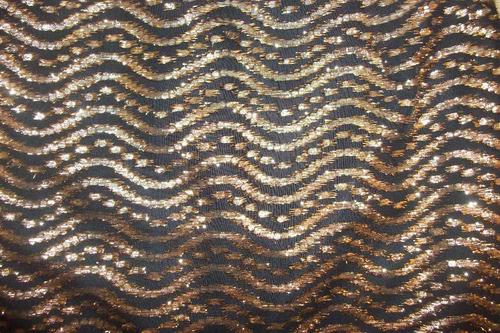 falda dorada tela española talla m