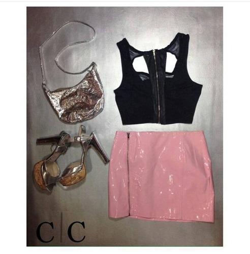 falda en vinilo rosa