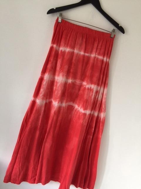 Falda Larga Batik Roja Y Blanca De Algodón Agarrate Catalina -   790 ... 8e9b6765884b