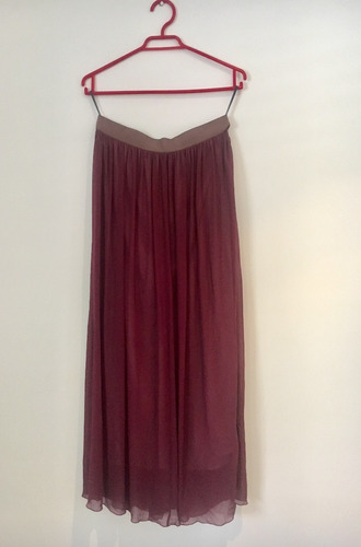 falda larga de acordeón con forro. marca benneton talla l