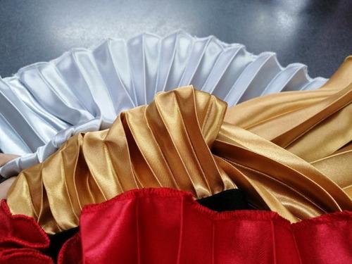 falda media larga plisada trillada brillante elegante negro