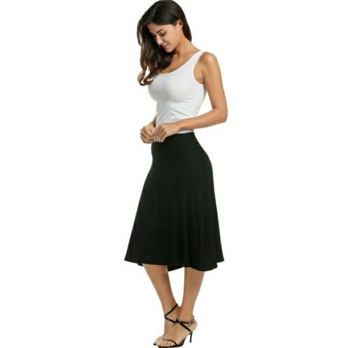 f253e4a331 Falda Midi Negra -   350.00 en Mercado Libre