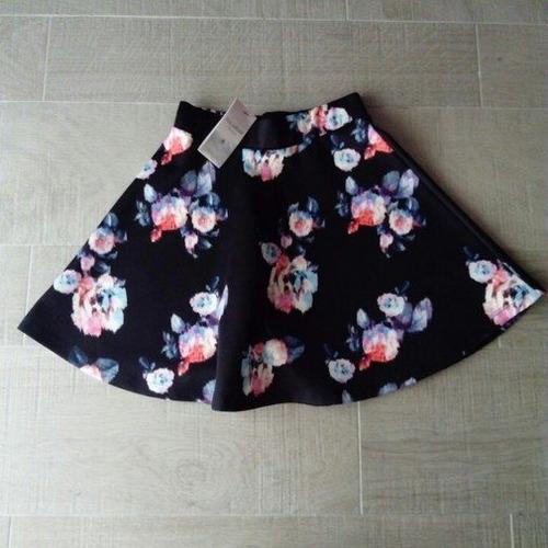 falda pull and bear talla chica moda flores