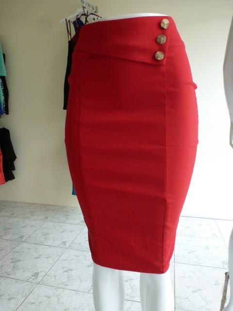 c40938336 Falda Roja Tipo Lapiz- Importada