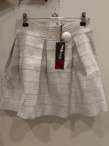falda rotonda juvenil