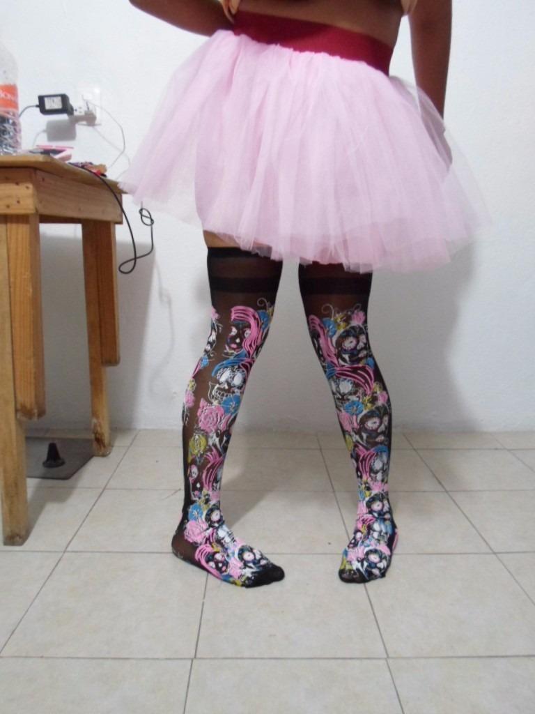 Lolita desnuda falda picture 836