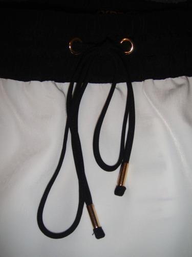 faldablanca con negra express talla small ( 368 )
