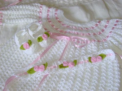 faldellines tejidos a mano en crochet para bebes