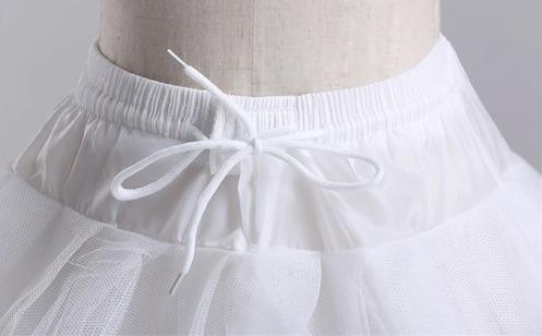 falso de novia blanco con tres aros.