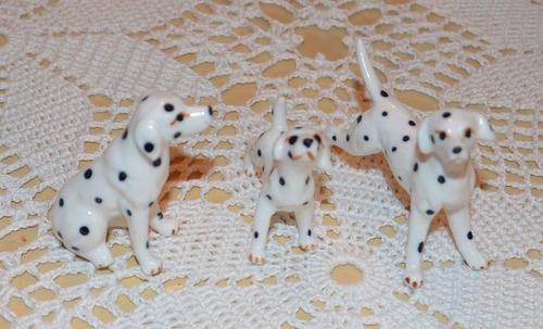 familia de perros dálmata en miniatura (3 integrantes)