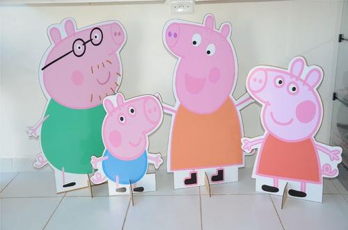 família peppa pig displays, totem de chão lindos