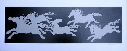 fang - composição 1 com cavalos prateados e fundo preto