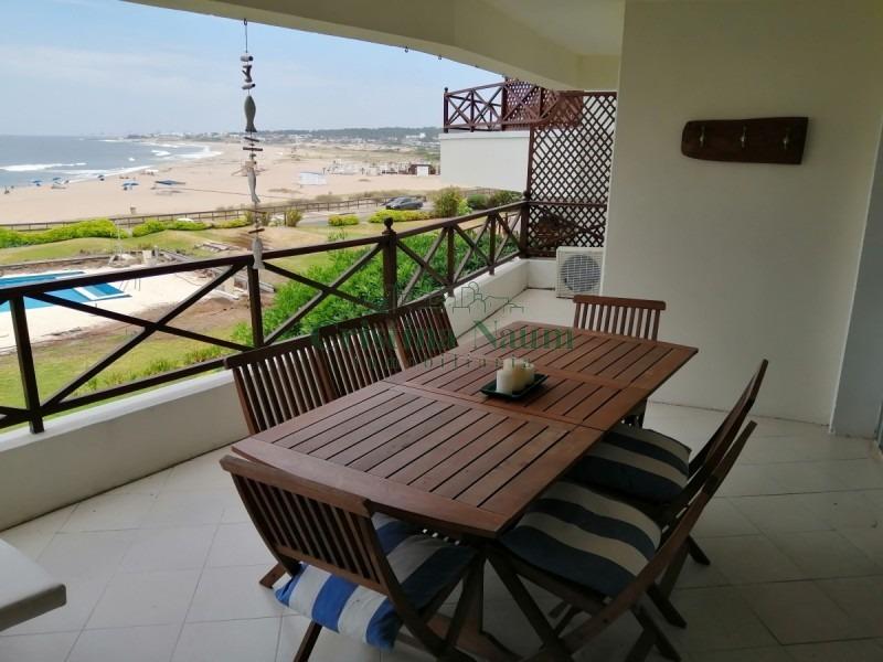 fantastico apartamento sobre playa bikini, en manantiales- ref: 35023