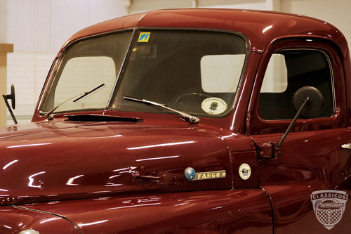 fargo pick up 1951 51 - original - premium - placa preta