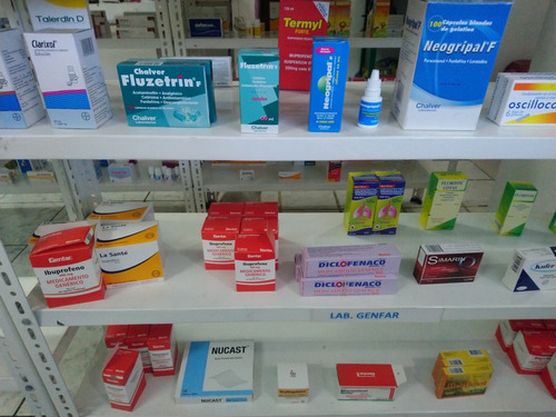 farmacia esquinera riobamba