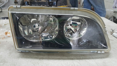faro derecho original volvo s40 v40 mod 2000 a 2004