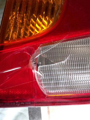 faro stop lado derecho 2008-2009 con detalle (original)