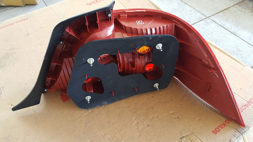 faro trasero honda pilot 2010 (33551-sz3-g0201)