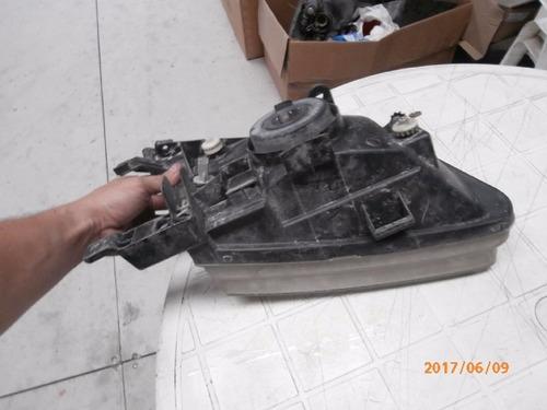 farol lh almera  plastico 2000-2002
