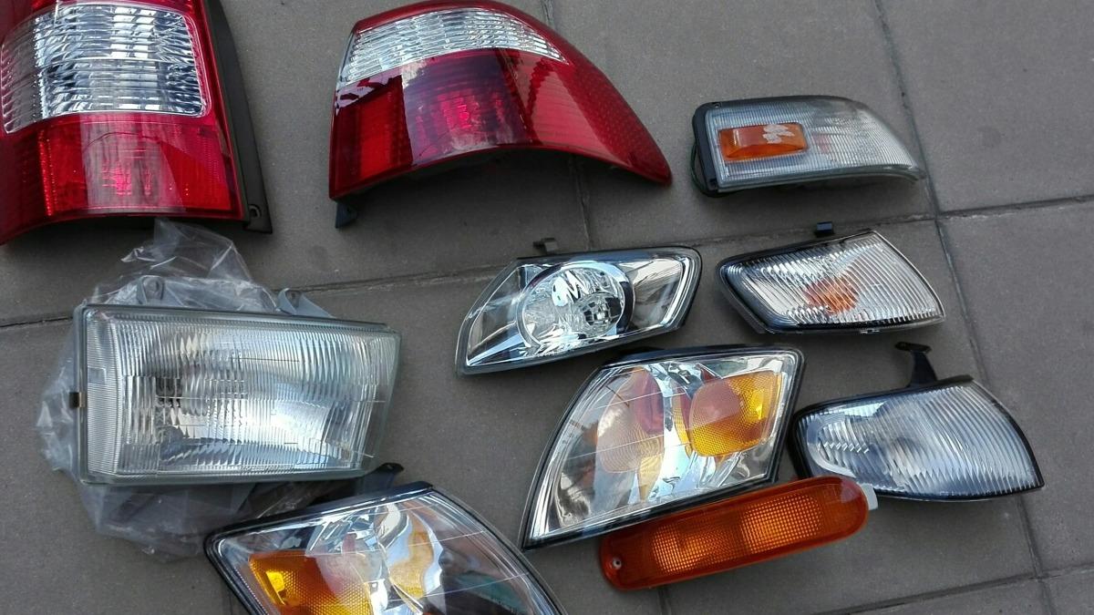 9c846e9ffc Faros Opticas De Mazda - $ 2.200,00 en Mercado Libre