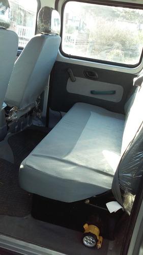 faw brio 1.0 caja larga con barandas rebatible doble cabina.