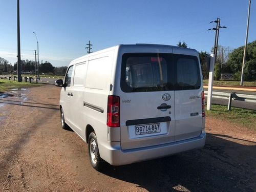 faw furgon v80 comfort año 2018 con 11900 km