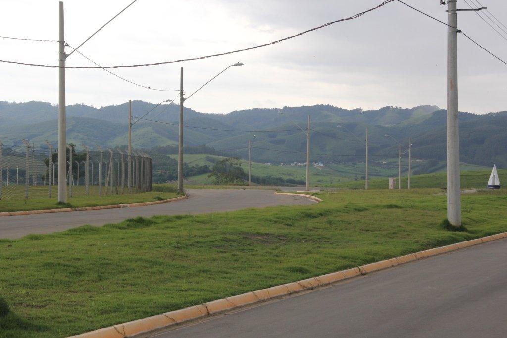 fazenda a venda no bairro centro em caçapava - sp.  - fz102-1