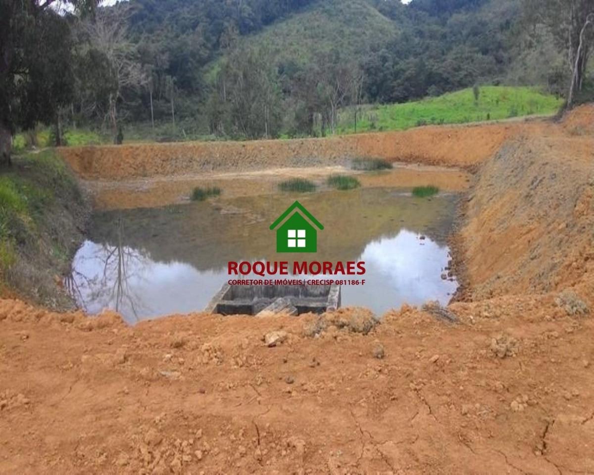 fazenda - juquiá com pasto, nascente, lagos e rio. ref 0029