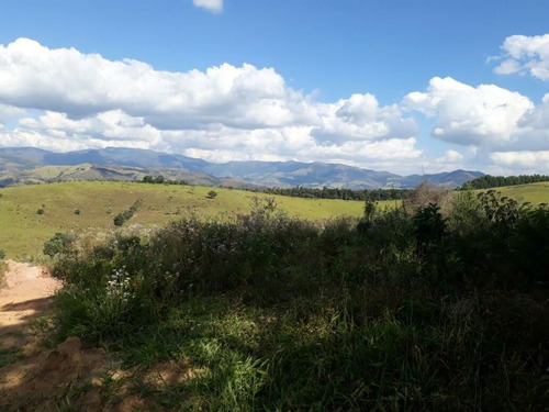 fazenda no sul de minas , dentro circuíto das águas , cidade de baependi , com 40 ha , 1300 metros de altitude , boa de água, área para oliveira ( produção azeite). - 237