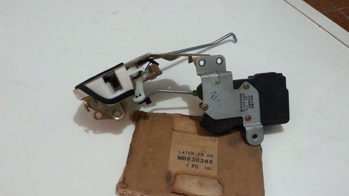 fechadura da porta direita mitsubishi lancer        mb830366