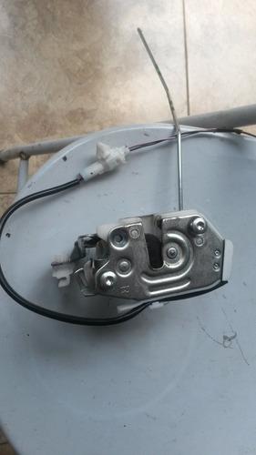 fechadura da tampa traseira da tr4 original